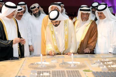 2013年迪拜太阳能公园(Solar Park)产能1000万瓦