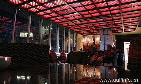 迪拜酒吧-Vista Lounge & Bar(窗口长廊酒吧)