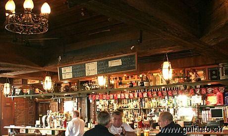 迪拜酒吧-Fibber Magee's(费伯•麦琪酒吧)