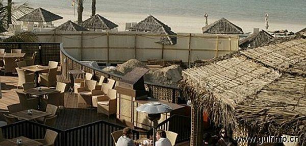 迪拜酒吧-巴拉斯迪酒吧(Barasti 海滩酒吧)
