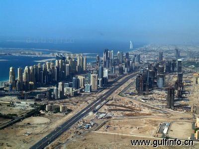 2013年上半年迪拜非石油贸易额达到5840亿迪拉姆
