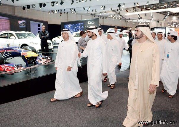 迪拜酋长谢赫·穆罕默德访问迪拜国际车展