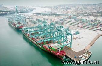 埃及交通部拨专款疏浚达米埃塔港
