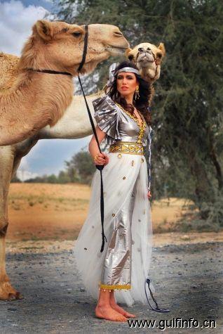 阿联酋女子设计出穆斯林女性唯美时尚长袍