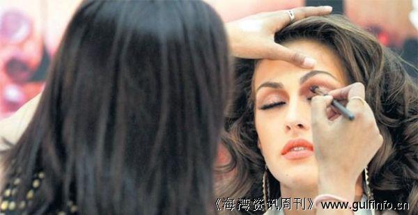 迪拜:化妆品贸易很火,香水需求量巨大