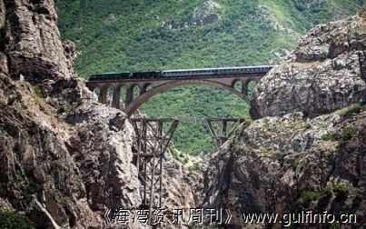 俄罗斯将资助伊朗建设耗资4亿美元的拉什特—阿斯塔拉铁路工程