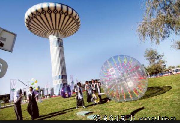 迪拜第一座太阳能公园对外迎宾