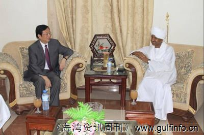 苏总统助理高度评价中苏关系和中苏合作