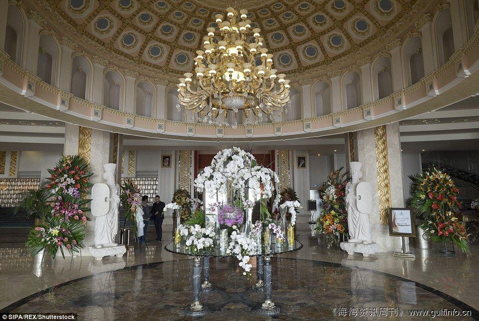 揭开伊朗五星级酒店  Espinas Palace hotel 的面纱
