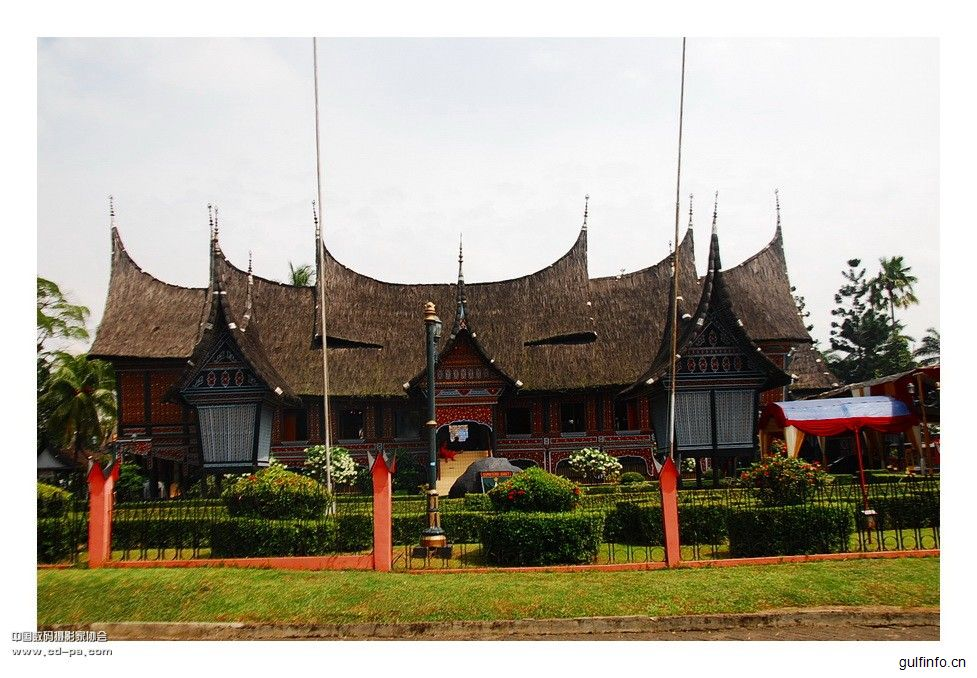 印尼财政部长斯莉认为:中国发展思路有助地区经济转型
