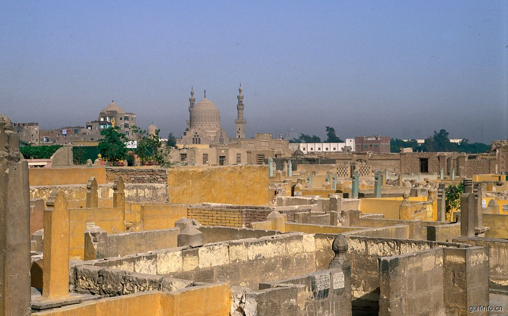 埃及死人城-开罗的富人墓 穷人窝