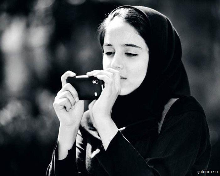 为什么伊朗<font color=#ff0000>女</font><font color=#ff0000>性</font>要戴面纱?