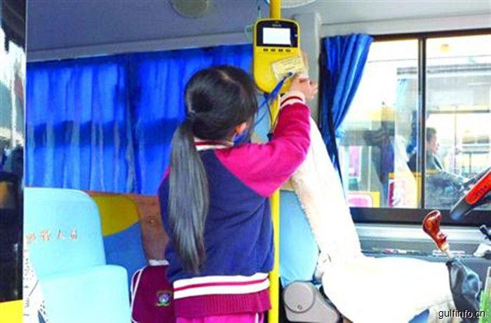 """上海小囡赴周边城市就读 """"双城""""生活考验家长"""