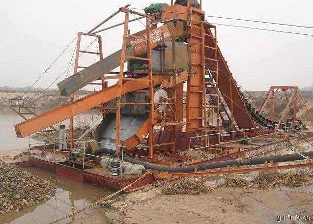 尼日利亚政府将撤巨资为矿工提供采矿设备