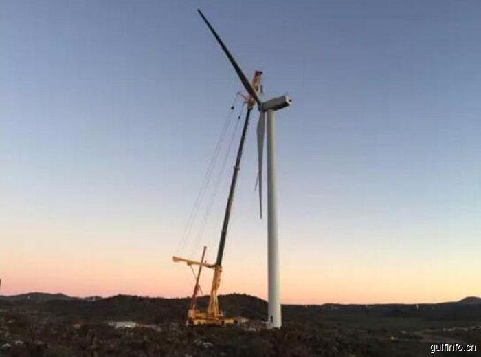 南非风电项目顺利完成风电机组吊装,机组全部由中国制造