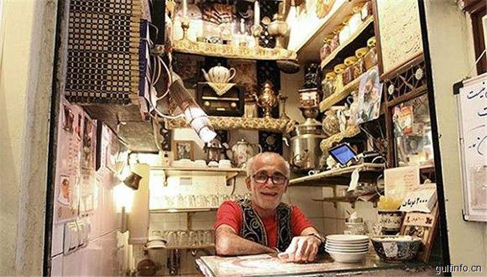 伊朗的这家网红茶馆:仅两平米 历史却超过百年