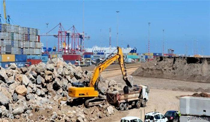 中国挖掘机征战摩洛哥,港口建设急需工程机械产品
