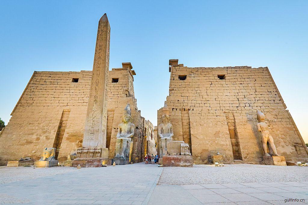 埃及举行新首都建设启动仪式,与中建股份签订新首都CBD项目合同