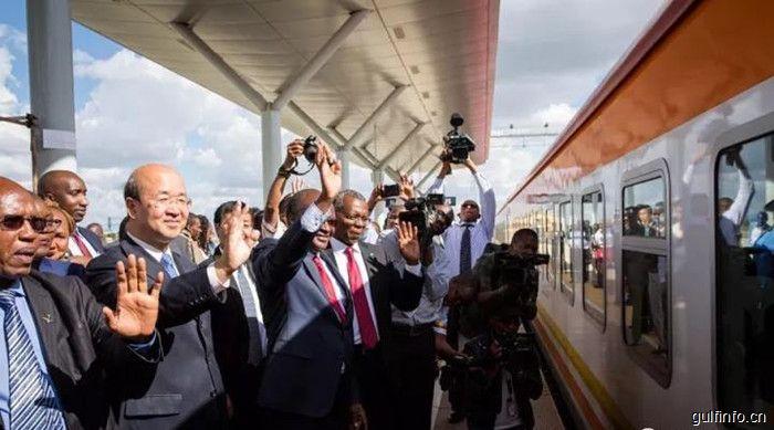 蒙内铁路增开列车, 中国驻肯尼亚大使刘显法出席启动仪式