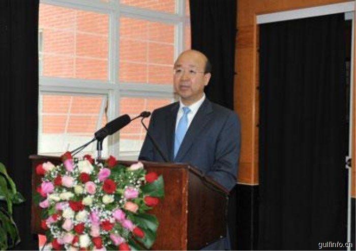 """驻肯尼亚大使刘显法在肯主流媒体发表署名文章《撸起袖子加油干,开启中肯合作""""黄金时代""""》"""