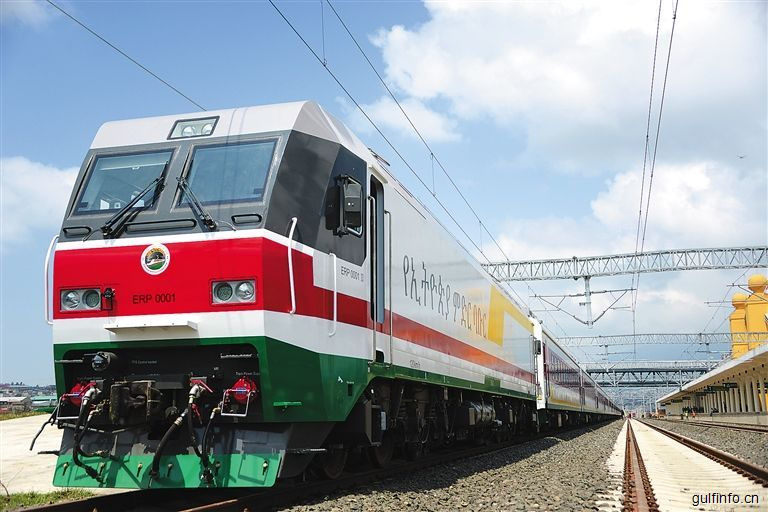 团聚的喜悦 活跃的商贸——中国铺就非洲现代化通途亚吉铁路