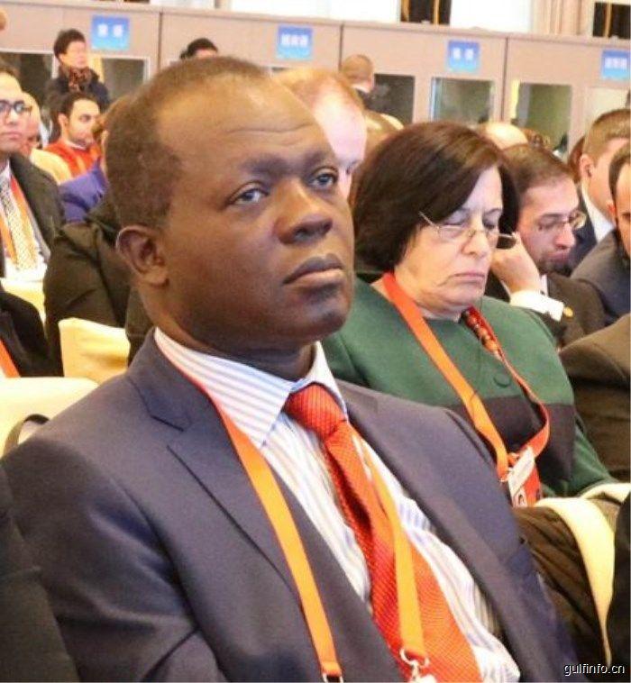 中国改革开放成就让非洲看到发展希望——访肯尼亚执政党总书记拉斐尔•图朱