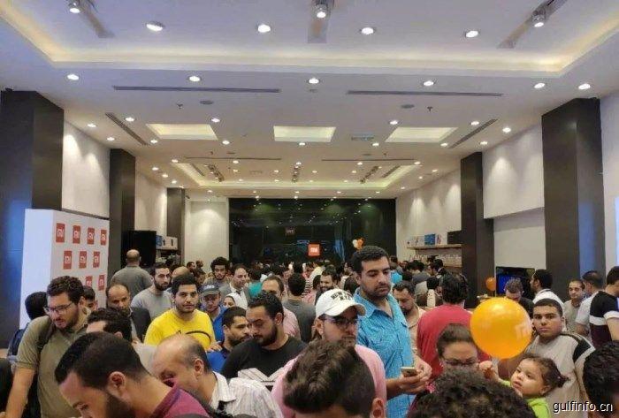 埃及最大小米授权店开业