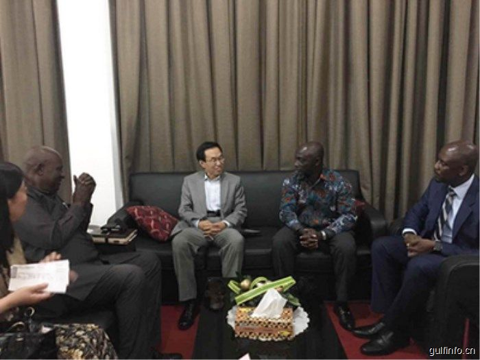 新任驻加纳大使王世廷抵加履新