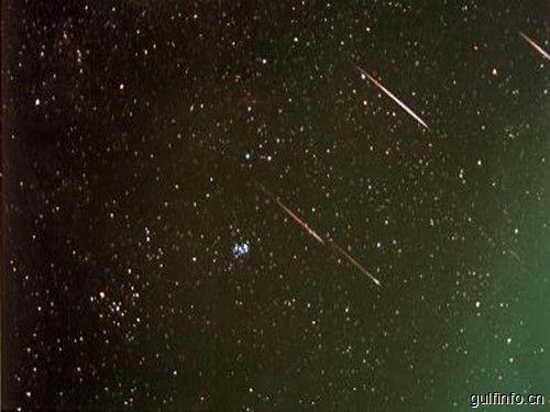 一起去看流星雨,这个周末将迎来今年最壮观的流星雨今