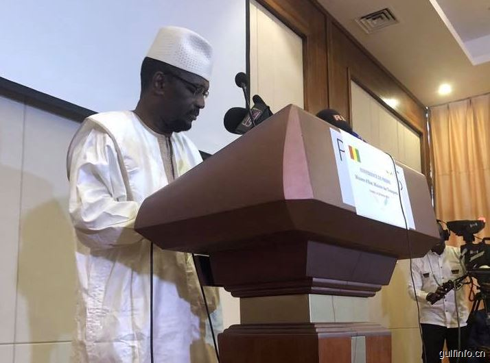 几内亚交通部长介绍近期将启动的重点项目