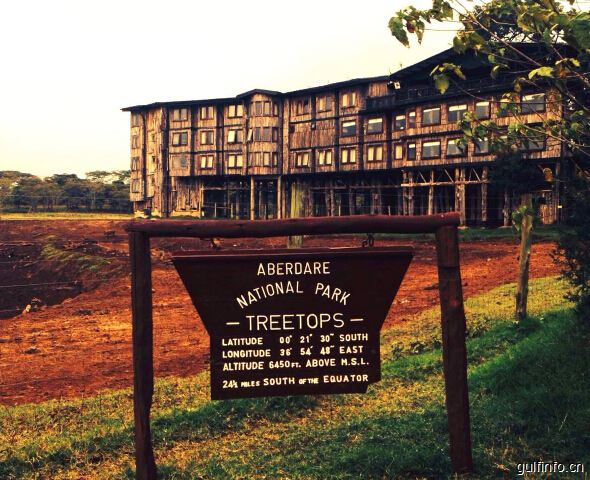 """「肯尼亚的著名景点」上帝家园""""阿布戴尔国家公园"""""""