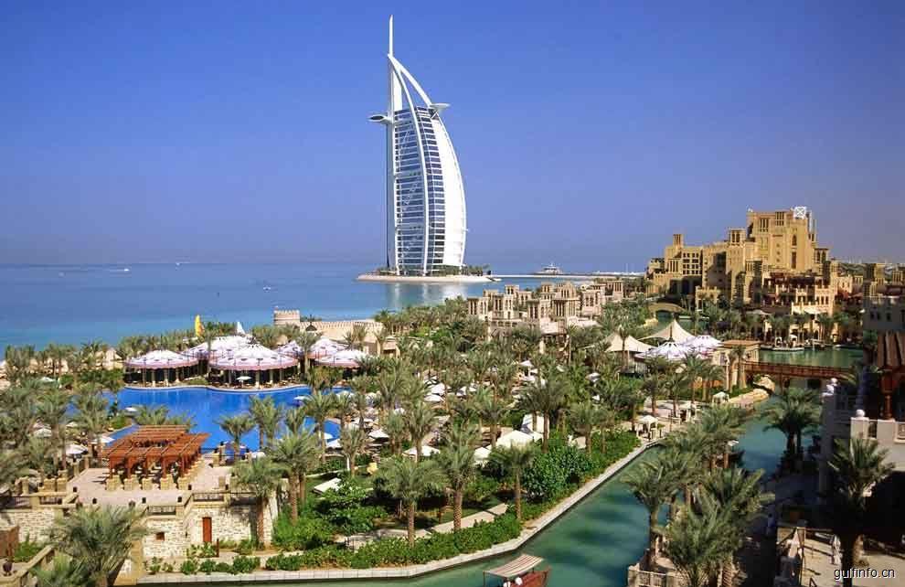 阿联酋将免除18岁以下随父母入境游客签证费用