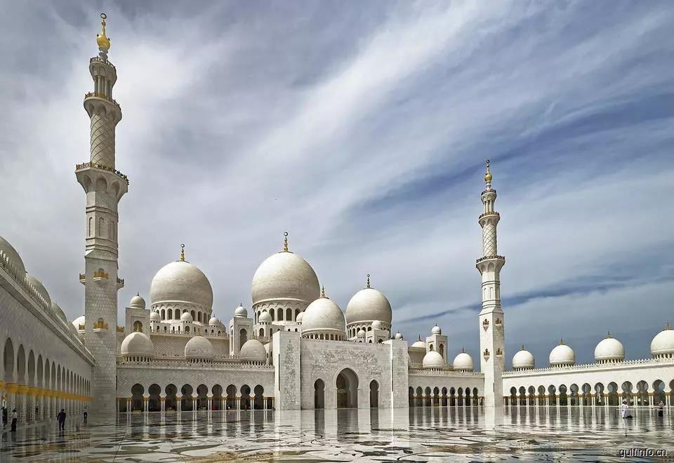 谢赫扎耶德大清真寺被评为世界五大地标之一