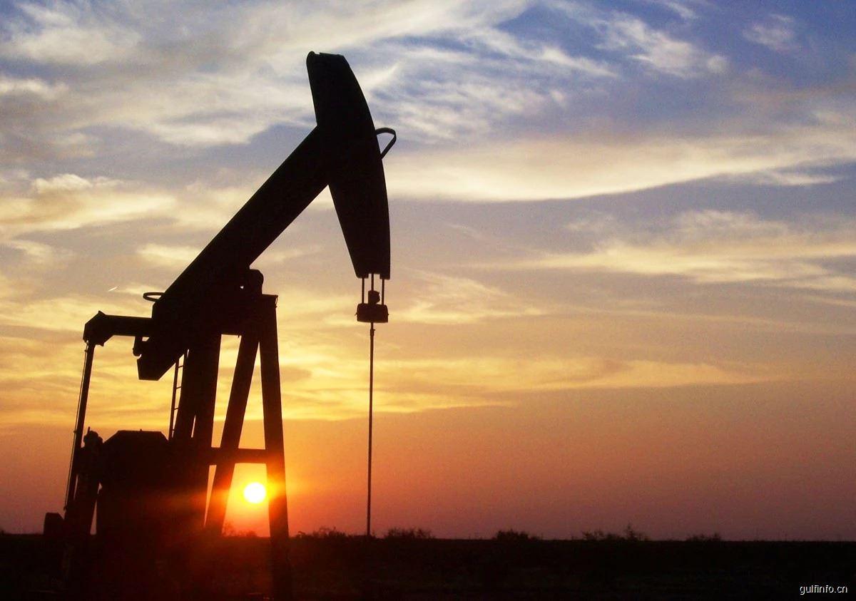 """沙特罕见""""开闸放水"""" 国际油价开启暴跌模式"""