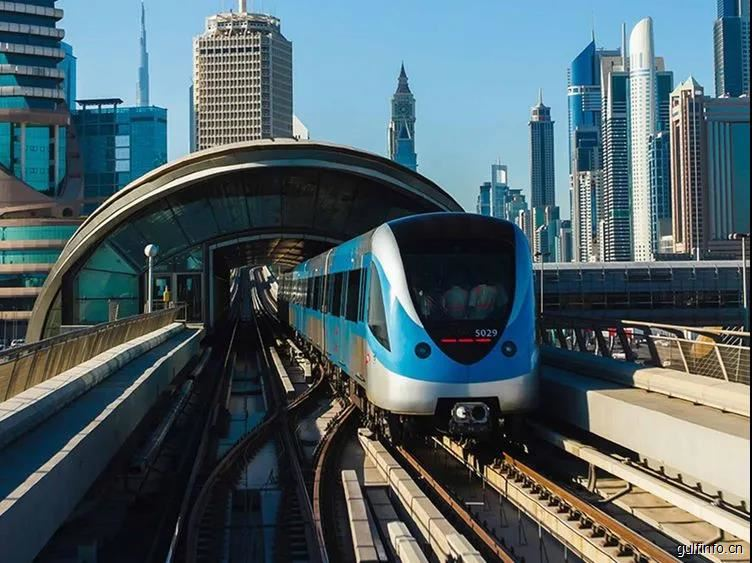 迪拜更新了公共交通的服务时间