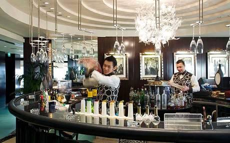 体验迪拜夜生活尽在5大最火爆的酒吧